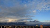 oblačnosť nad Tatrami - z Popradu