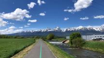 Slnečný deň na tatranskom cyklochodníku