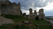 Pohľad z hradu Brekov