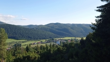 Ráno nad dedinou Šumiac