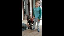 Pre Zazracny atelier-vyroba gastankov-spontanny klip 4,5roc Timka prezentujuceho 7r brata