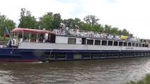 Lodní provoz na Vltavě