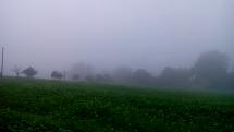 Mlha ve východních Čechách