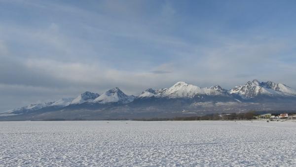 ZIMA SA BLÍŽI: Pozrite si video zachytávajúce panorámu Vysokých Tatier