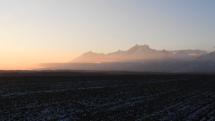 Západ slnka pod majestátnymi Vysokými Tatrami