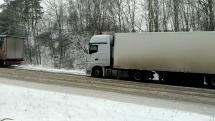 Uvízlé kamiony, obchvat Velké Meziříčí 2