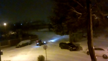Vecerne odpratavanie snehu, okraj mesta Zvolen