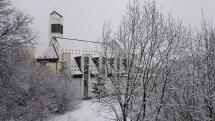 Brezno pod snehovou perinou