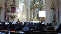 Stretnutie reholníkov s otcom biskupom v Žilinskej diecéze