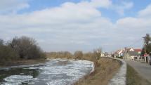 Kryhy na rieke Morave