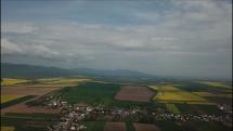 Pribúdajúca oblačnosť nad Slanským pohorím.