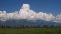 Pohlad na Tatry od dialnice D1