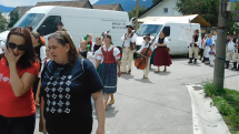 DFF v Likavke - sprievod