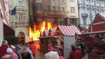 Požár na vánočních trzích v Bratislavě