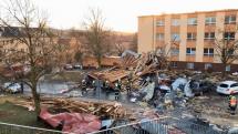 Vítr shodil strechu - Ostrava