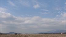 4.4.2019, okolo poludnia, oblačnosť nad Tatrami