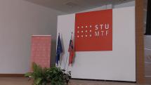 Beseda s prvým slovenským kozmonautom Ivanom Bellom v Trnave