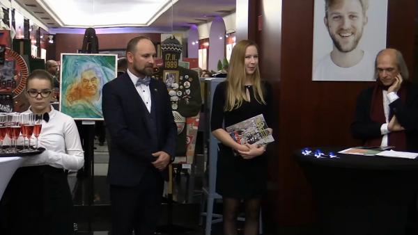 UDEĽOVANIE CENY SLOBODY ANTONA SRHOLCA 2019: Video nakrútil Marián Nomilner