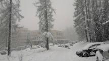 Víchrica a silné sneženie