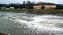 Rozvodnená rieka Hron