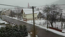 Sneženie v obci Sedliacka Dubová