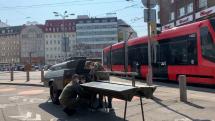 armáda inštaľuje po meste umývadlá