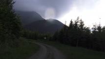 Cesta po lesníckom náučnom chodníku Fľak