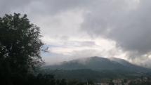 Vyparujúce sa hory v Novej Bani