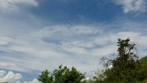 Bešeňovské travertíny - oblačnosť v okolí