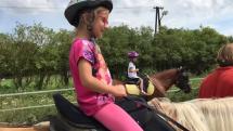 Sandra na koni