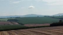 Výhľad z rozhľadne Radošinka Čáb