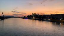Západ slnka nad Dunajom v BA