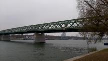 Elektricka na moste BA